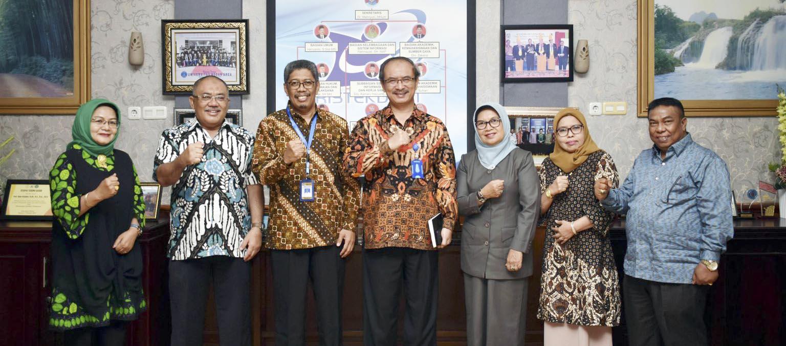 Kunjungan-dan-Sosialisasi-Program-Studi-Ilmu-Pertanian-Program-Doktor-ke-Lembaga-Layanan-Pendidikan-Tinggi-LLDIKTI-Wilayah-I-Sumatera-Utara-1536x1024.jpg