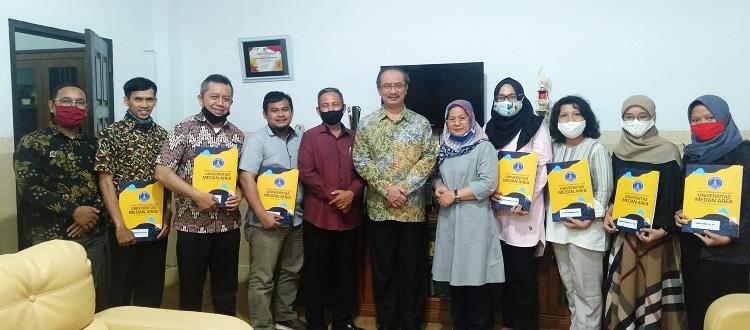 congratulations-to-the-supervisor-of-the-medan-area-university-student-creativity-program.jpg