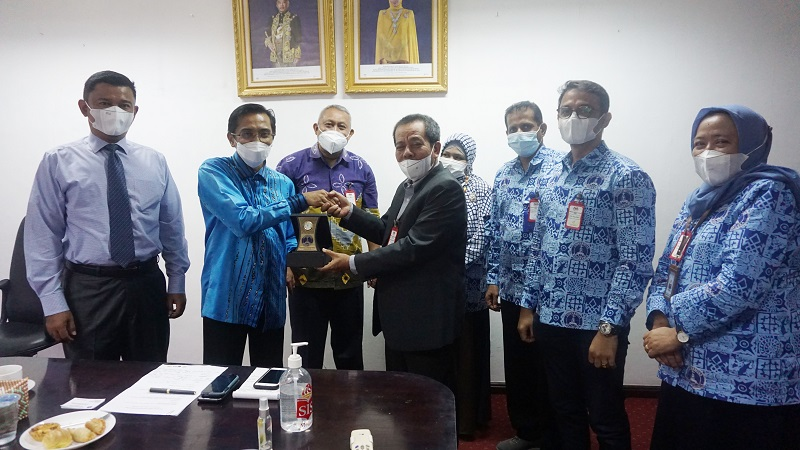 penjajakan-kerjasama-uma-dengan-konsulat-jenderal-malaysia-di-medan.JPG