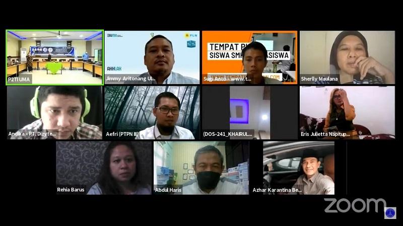peserta-zoom-webinar-uma-sosialisasi-program-magang-bidang-humas-dan-jurnalistik-kampus-merdeka.jpg