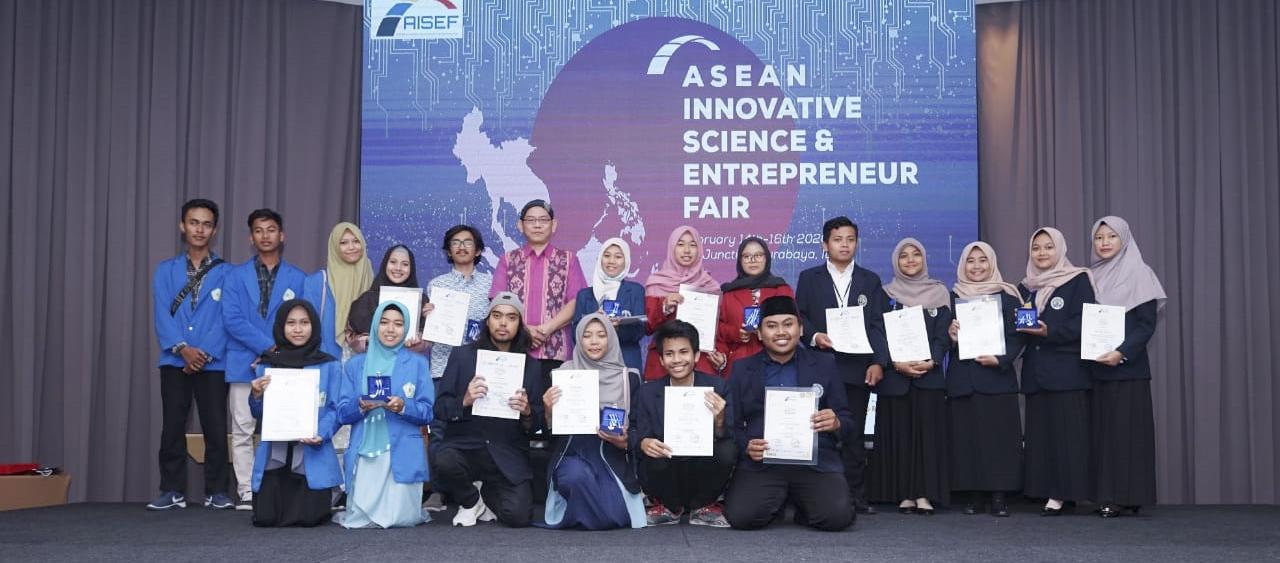 Selamat Kepada Mahasiswa UMA Meraih Prestasi Lomba Asean Innovative Science and Enterpreneurship Fair