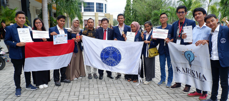 prestasi-mahasiswa-uma-meraih-medali-emas-dan-perak.JPG