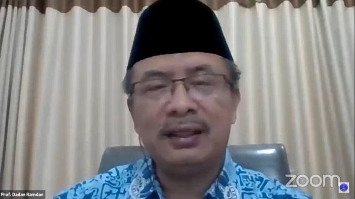 sambutan-rektor-uma-kuliah-umum-fisip-uma-al-hisbah-solusi-paradoks-pembangunan.jpg