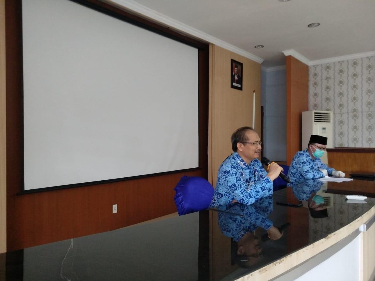 sambutan-rektor-uma-pada-seminar-seminar-proposal-penelitian-dan-pengabdian-kepada-masyarakat-diya-uma-tahun-2021.jpg