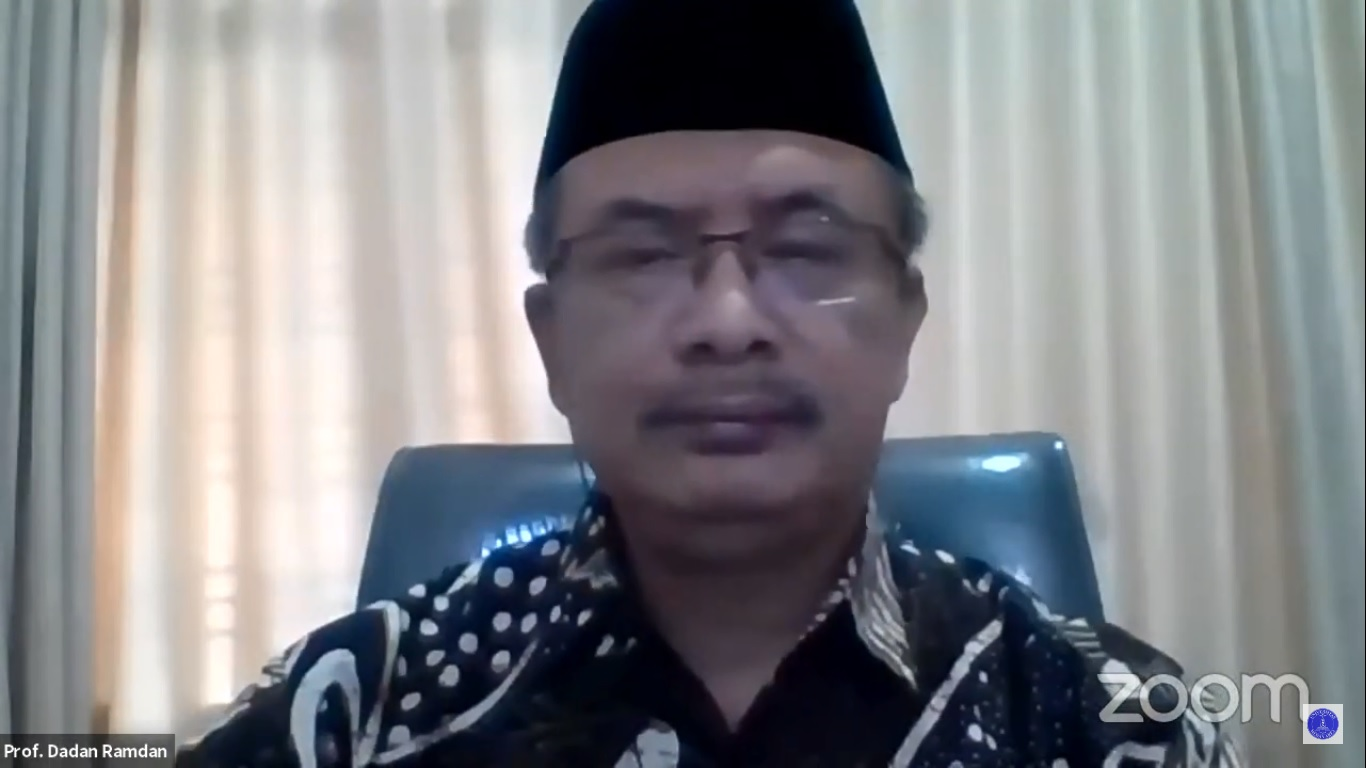 sambutan-rektor-uma-pada-webinar-nasional-potensi-industri-halal-dan-umkm-di-sumatera-utara-serta-pelaksanaan-moa.jpg